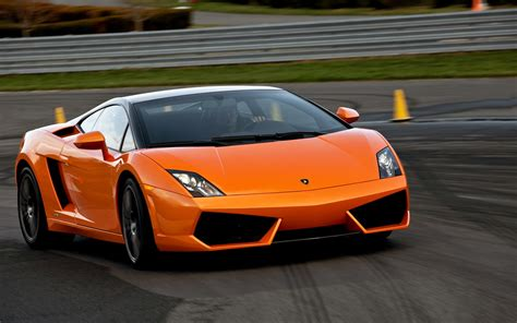 Lamborghini Car : 2011 Lamborghini Gallardo Reviews And Rating