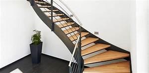 Stahltreppe Mit Holzstufen : treppen impressionen und treppen bilder bei ~ Orissabook.com Haus und Dekorationen