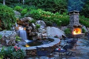 Brunnen Garten Modern : 25 ideen f r gartenbrunnen und springbrunnen tipps f r ~ Michelbontemps.com Haus und Dekorationen