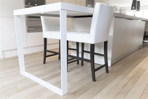 pied de table de cuisine table contemporaine pour cuisine