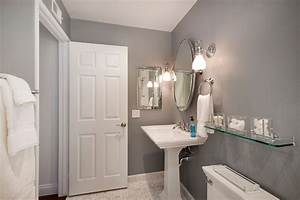 Traditional Powder Room with Pedestal Sink & Powder room