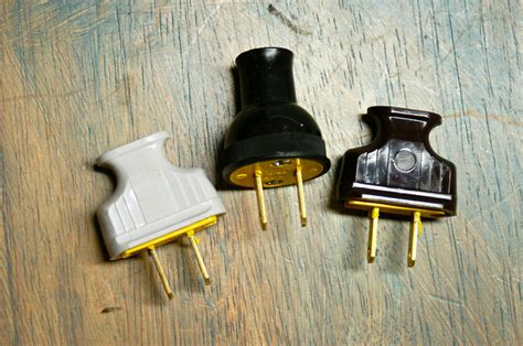 Vintage Style Prong Electrical Plug Black Brown White