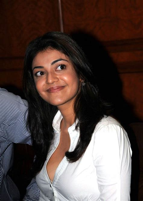 Kajal Agarwal Awesome Cleavage Show Where Celebrity Are
