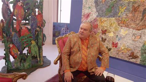 hunt slonem moves    art studio  brooklyn