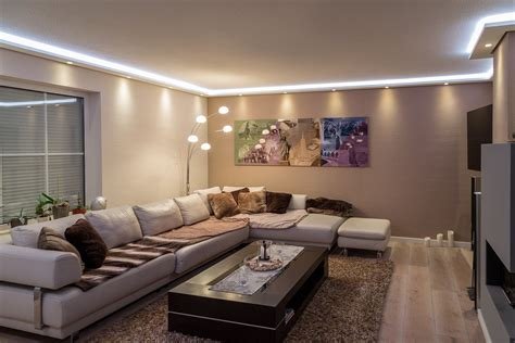 lichtkonzept wohnzimmer stuckleisten lichtprofil f 252 r indirekte led beleuchtung