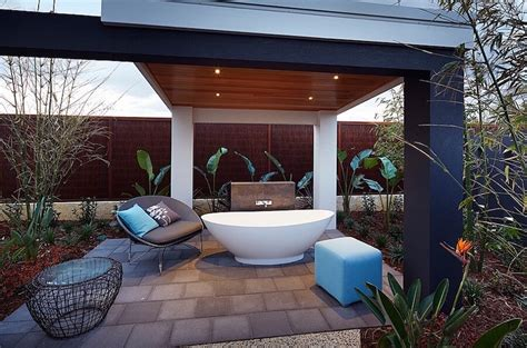 Outdoors Bathroom : 10 Breathtaking Outdoor Bathroom Designs That You Gonna Love