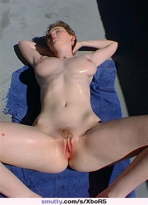 Hot Sexy Amateur Girlfriend Sunbathing Naked On The