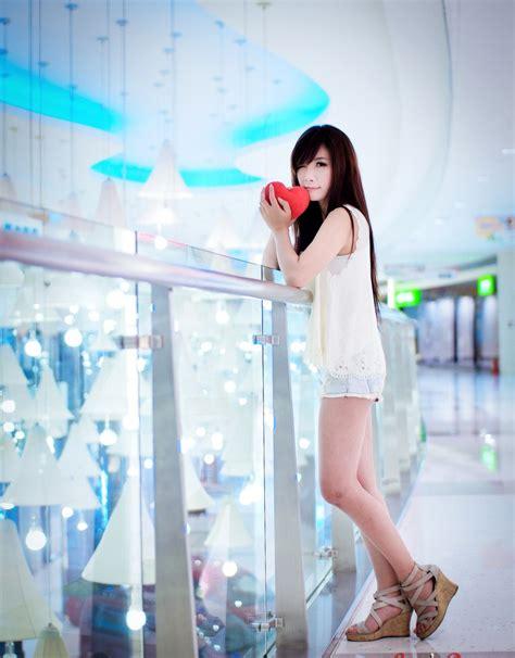 li ying zhi popular chinese model  qingda chinese