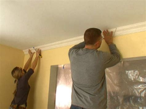best way to hang kitchen cabinets how to hang crown molding diy 9236