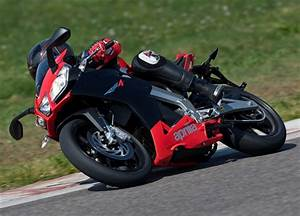 Aprilia Rs4 125 : aprilia rs4 125 gets optional quickshifter autoevolution ~ Medecine-chirurgie-esthetiques.com Avis de Voitures