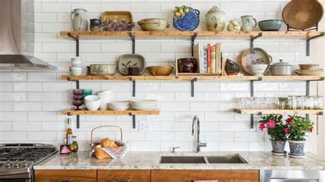 Kitchen Open Shelves Images by 10 Things To Store On Open Kitchen Shelves For Efficiency