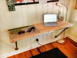 Schreibtisch Aus Holz : schreibtisch selber bauen 30 originelle vorschl ge ~ Whattoseeinmadrid.com Haus und Dekorationen