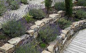 übergang Terrasse Garten : die besten 25 terrasse gestalten ideen auf pinterest kleine terrasse gestalten terrasse ~ Markanthonyermac.com Haus und Dekorationen