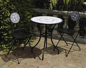 Patio table and chairs example pixelmaricom for Metal patio table and chairs