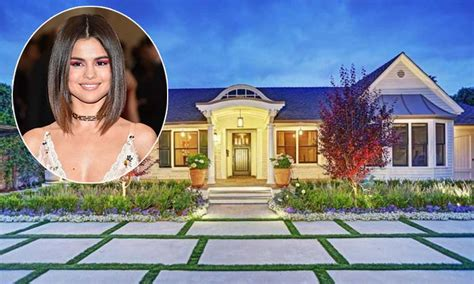 See Inside Selena Gomez's New £17million Home In Los