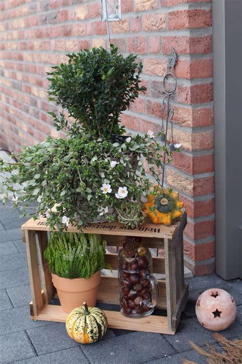 Herbstdeko Garten by Herbstdeko Garten Herbstdeko 2016 Garten Stein Blumen
