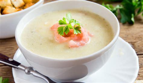 Receptes.lv - Puķkāposta zupa ar garnelēm