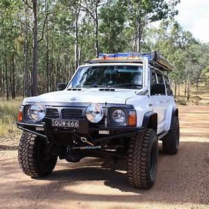 Nissan Patrol 4x4 : lifted nissan patrol ultimate overland machine ~ Gottalentnigeria.com Avis de Voitures