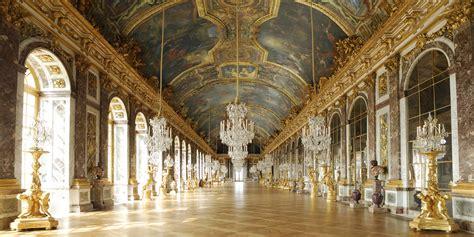 Versailles  Les Secrets De L'éblouissante Galerie Des Glaces
