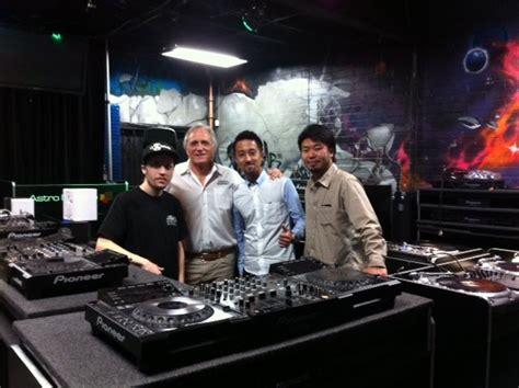astro avl dj blog pioneer dj tokyo visits astro