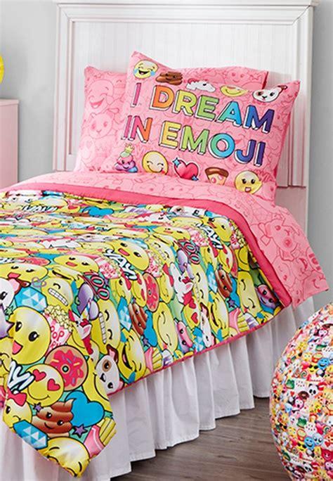 twin size emoji bed   bag marie emoji room girls