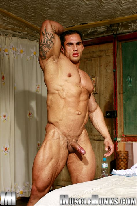 Naked Bodybuilder Samuel Vieira Huge Gay Bodybuilders The Ultimate Gay Muscle Collection