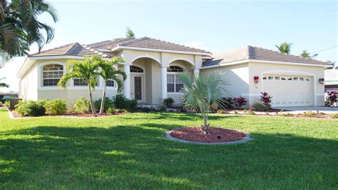 villas villa boaters dream  cape coral florida