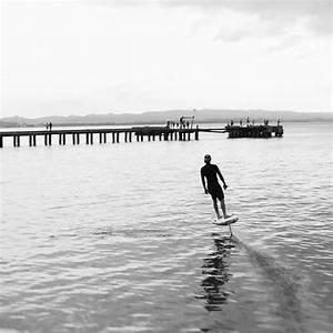 Planche De Surf Electrique : lift efoil une planche de surf lectrique pour voler au dessus de l eau ~ Preciouscoupons.com Idées de Décoration