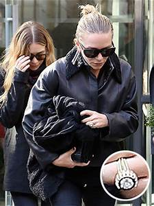 mary kate olsen engagement ring details photos vintage With mary kate wedding ring