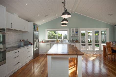 Native Timber Floors And Kitchen Island