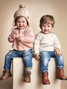 chambre jumeaux fille gar輟n les 25 meilleures idées de la catégorie garçonnet swag sur tenues pour garçon tenues pour bébé garçon et mode bébé garçon