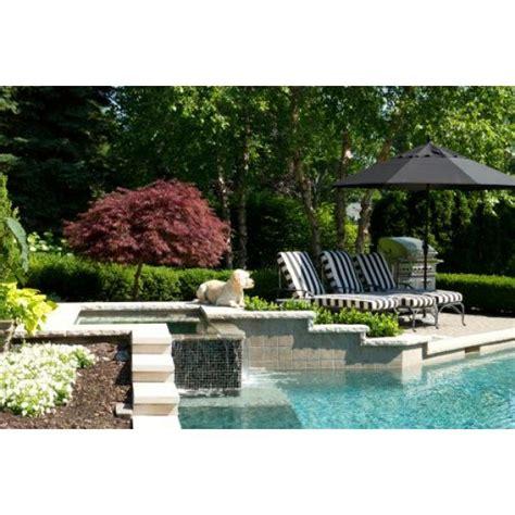 r 233 ussir l am 233 nagement d un jardin avec piscine