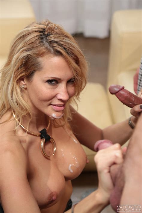 Hot Blonde Got Doublefucked On The Couch Photos Jessica Drake MILF Fox