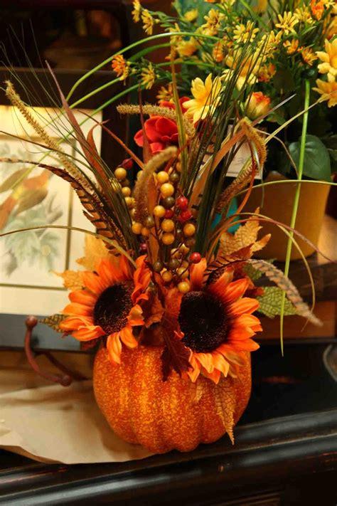 autumn / fall pumpkin floral arrangement www.EvergreenMfg ...