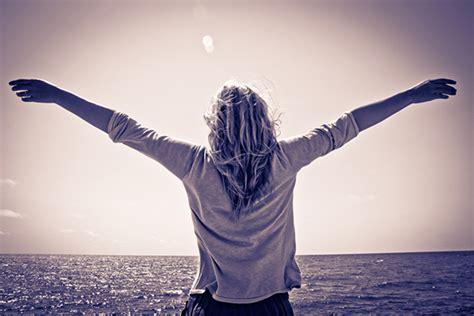 The 10 Single Girl Commandments  Thought Catalog