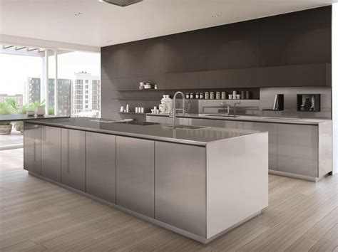 FREE STEEL   Kitchen with island By Euromobil design