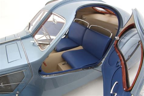 Atlantic coupe leather chair free. 1938 Bugatti Type 57SC Atlantic by Amalgam Collection (1:8 scale) - Choice Gear