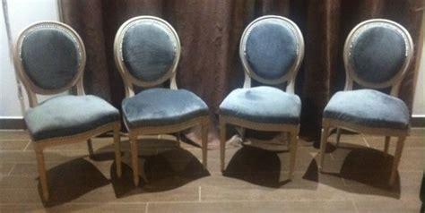 comment tapisser une chaise retapisser fauteuil medaillon