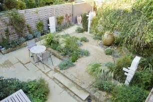 excellent small backyard designs australia 800x1022