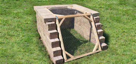16 Cheap & Easy DIY Compost Bins
