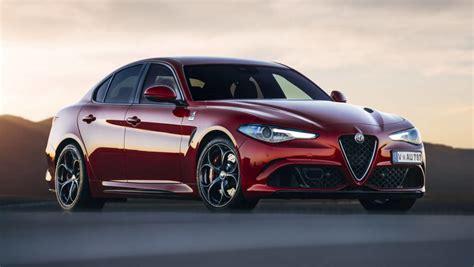 Alfa Romeo Car : Alfa Romeo Giulia 2017