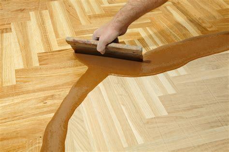 Kunstharz Für Holz by Gie 223 Harz F 252 R Holz 187 So Setzen Sie Den Kunstharz Ein