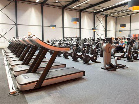 basic fit hoofddorp jcbeetslaan sportscholencheck