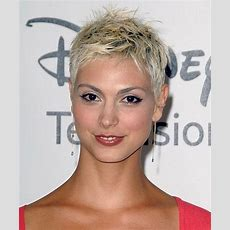 1000+ Ideas About Very Short Pixie Cuts On Pinterest  Short Pixie Cuts, Short Pixie And Pixie Cuts