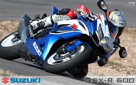 2009 Suzuki Gsx-r600 Shootout Photos