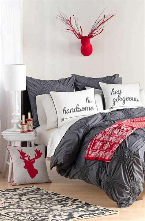 Here are our favorite scandinavian christmas bedroom decorating ideas! 35 Mesmerizing Christmas Bedroom Decorating Ideas - All ...