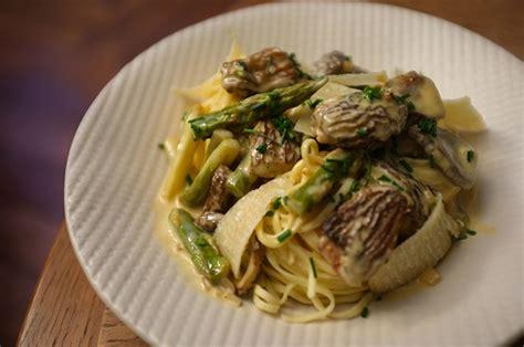 cuisiner les asperges cuisiner asperges vertes fraiches recette risotto aux