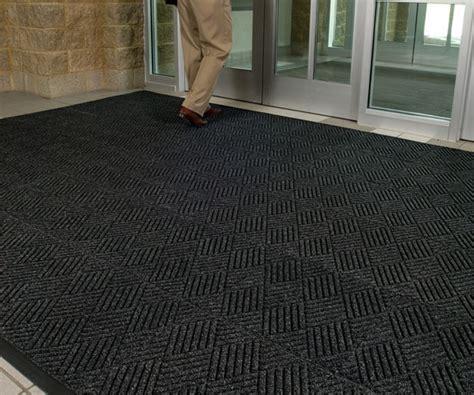 Waterhog Floor Mats Canada by Waterhog Premier Entrance Mat Tiles Are Recessed Floor