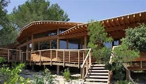 Maison En Bois Construction : construction de maison en bois bioclimatique et contemporaine ~ Melissatoandfro.com Idées de Décoration