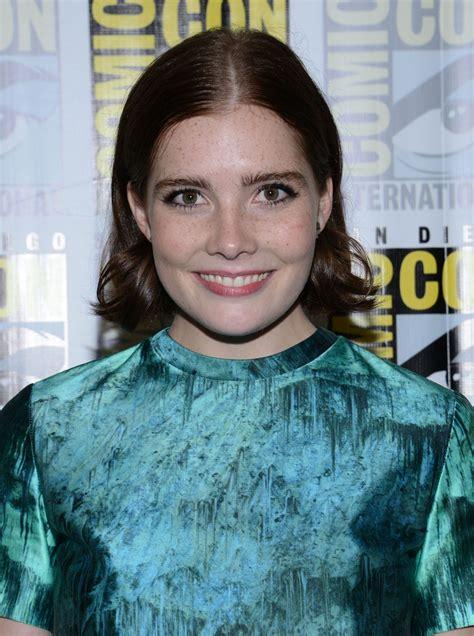 Elise Eberle - 'Salem' Press Line at Comic-Con in San ...